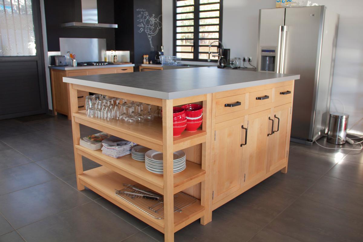b niko cuisine en rable massif. Black Bedroom Furniture Sets. Home Design Ideas